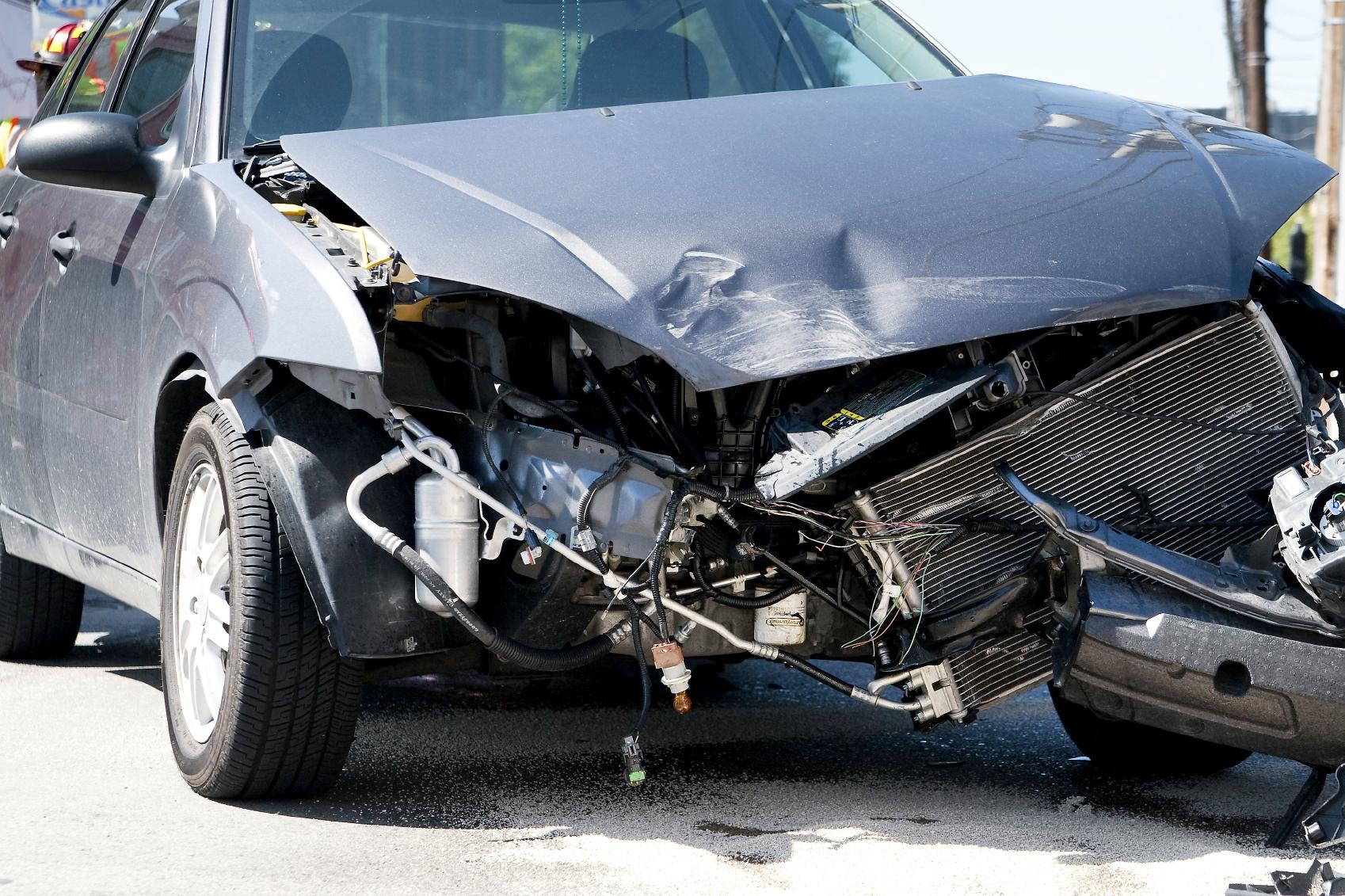 картинки разбившихся машин что еще